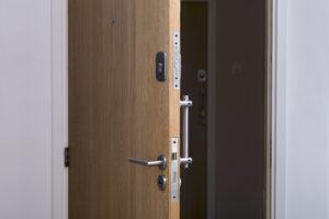 Choisir votre porte d'entrée est un choix capital puisqu'il s'agit de la première étape entre l'extérieur et votre maison !